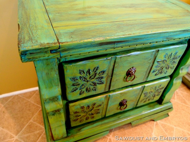 distressed furniture words diy glazing and antiquing furniture tutorial youre welcome