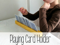 Help-your-kids-hold-their-playing-cards-on-family-game-night-Reality-Daydream-1