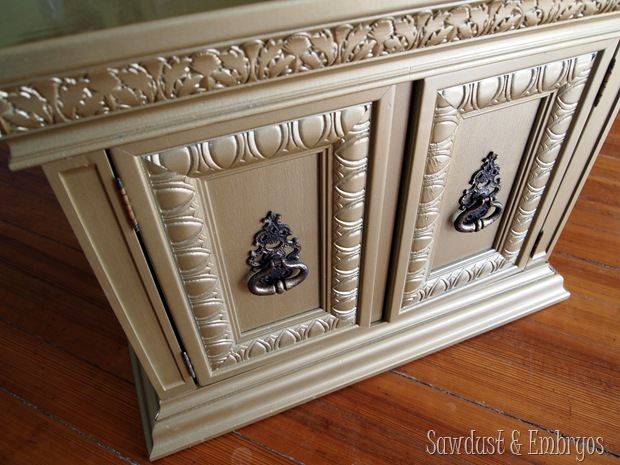 Gold End Table {Sawdust and Embryos}