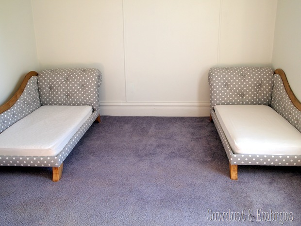 Tufted DIY Fainting Couch Toddler Beds! {Sawdust and Embryos}