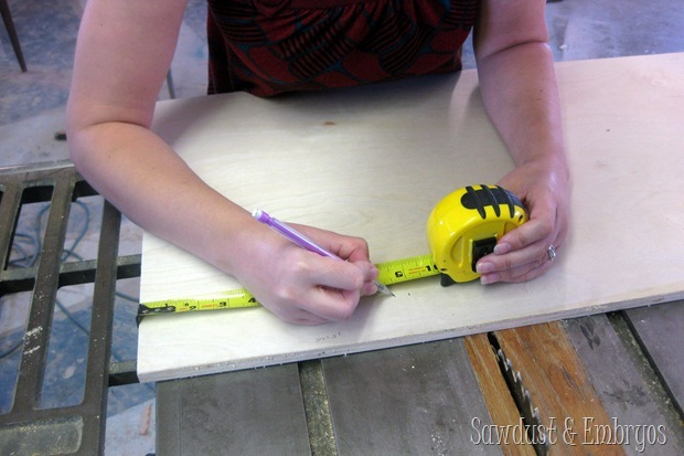 Building a tablet (or recipe) holder for under the kitchen cabinet {Sawdust and Embryos}