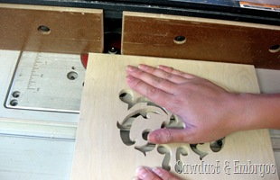 Routing the edges of the Tablet Recipe Holder {Sawdust and Embryos}