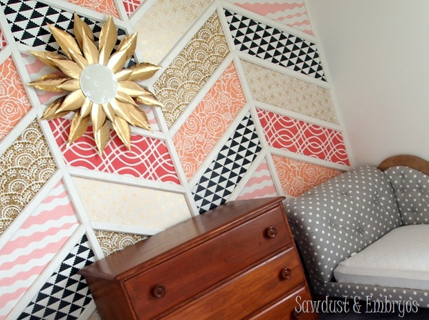 DIY Vintage-esque Starburst Mirror Tutorial {Sawdust and Embryos}