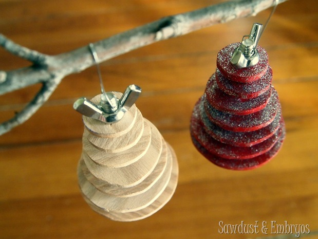 Make your own DIY Industrial Christmas Tree Ornament! {Sawdust and Embryos}