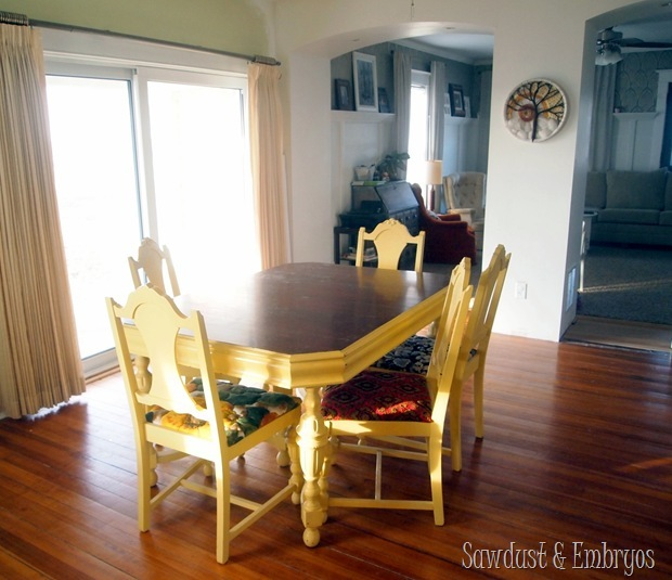 Granny's Dining Table {Sawdust and Embryos}