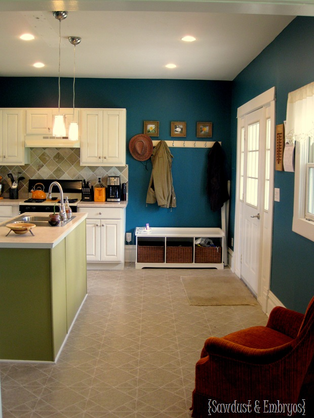 Kitchen {Sawdust and Embryos}