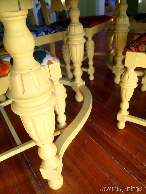 Vintage Dining Set {Sawdust and Embryos}