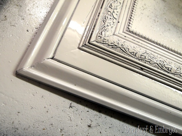 Build your own HUGE frame using trim pieces! {Sawdust and Embryos}