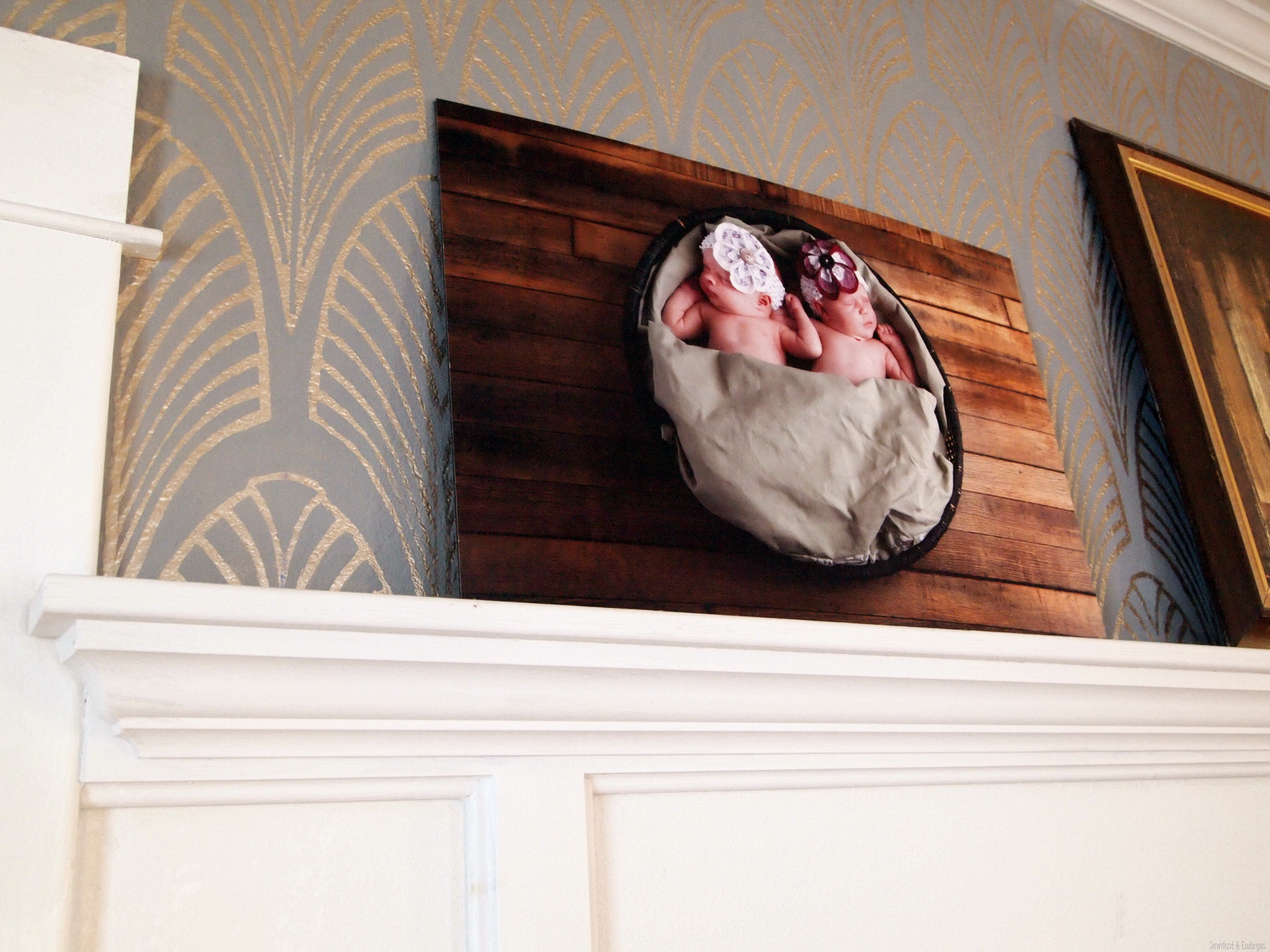 Build Your Own Custom GIANT Picture Frame {Sawdust And Embryos}