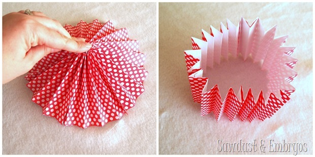 Make a pinwheel out of scrapbooking paper {Sawdust & Embryos}