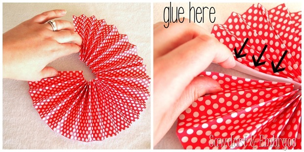 Bring the ends of each piece together, forming a circle, and glue the ends together