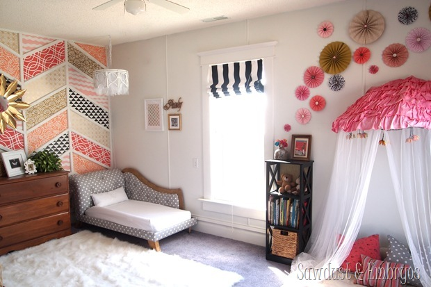Twins' big-girl toddler room {Sawdust and Embryos}