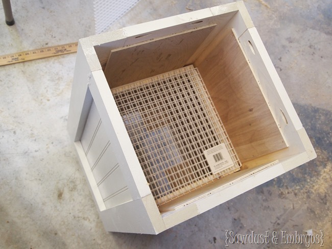 DIY Planter Boxes {Sawdust and Embryos}