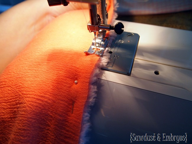 Sewing a SUPER soft comforter for toddler beds {Sawdust and Embryos}