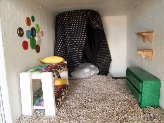 Dollhouse Kids' Bedroom {Sawdust and Embryos}