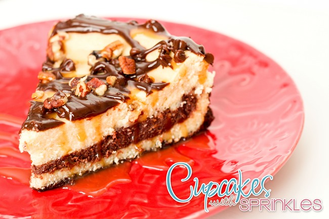 The ULTIMATE Turtle Cheesecake {Cupcakes with Sprinkles}
