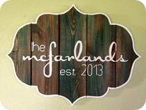 DIY-Bracket-shaped-Barn-Board-Sign-s[4]