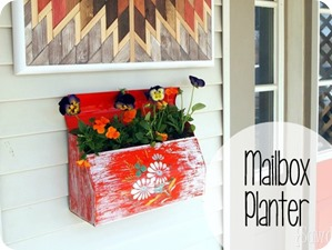 Turn an old mailbox into a planter