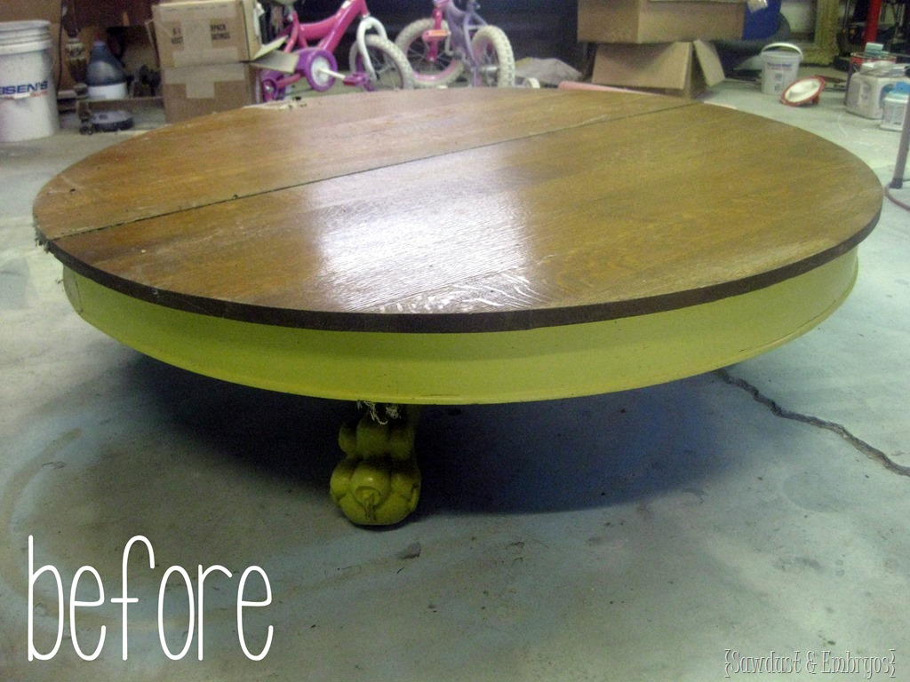 Incroyable Antique Claw Table  Before