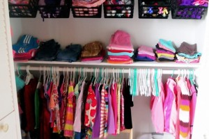 Little-girls-closet-organization-ideas-Sawdust-and-Embryos.jpg
