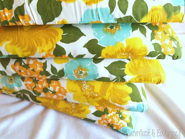 Reupholstering dining chair cushions with vintage fabric! {Sawdust and Embryos}