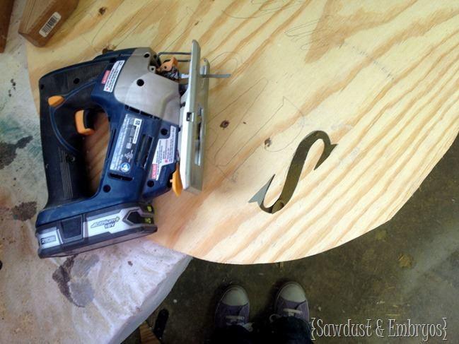 Use a jigsaw to cut a quote or phrase out of plywood for artwork! {Sawdust and Embryos}