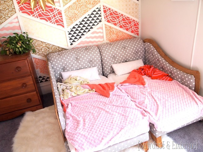 Fainting couch toddler beds... pushed together for twins {Sawdust and Embryos}.JPG