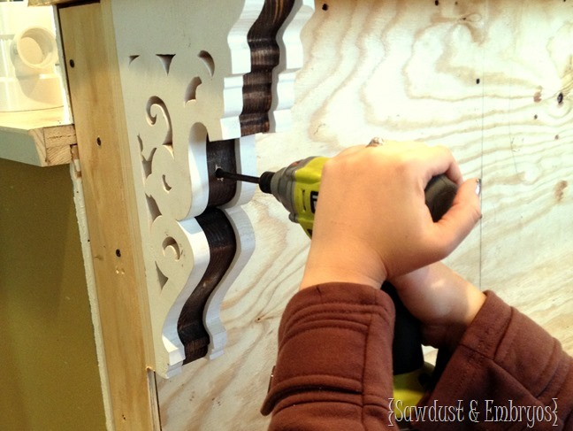 How to install your DIY Corbels! {Sawdust and Embryos}