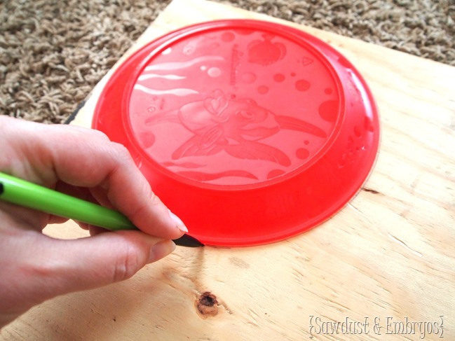 Making a starburst mirror or clock using paintbrushes! [Sawdust and Embryos}