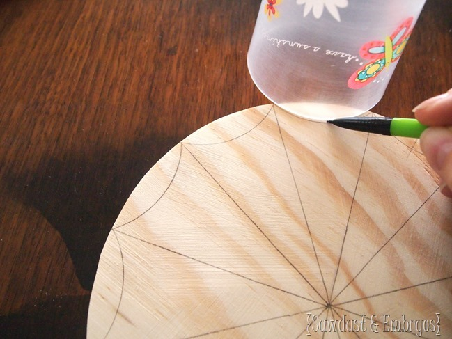 Paint Brush Starbust Clock {Sawdust and Embryos}