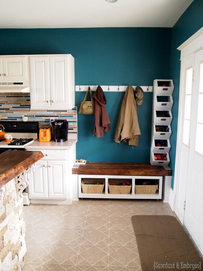 Custom Mudroom area in kitchen... Tutorial for DIY Cubbies to hold hats and mittens! {Sawdust and Embryos}
