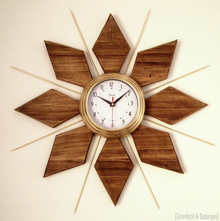 Mid century modern esque starburst clock reality daydream - Relojes pegados a la pared ...