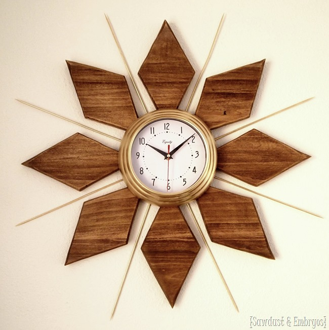 DIY Mid-Century Clock tutorial {Sawdust and Embryos}