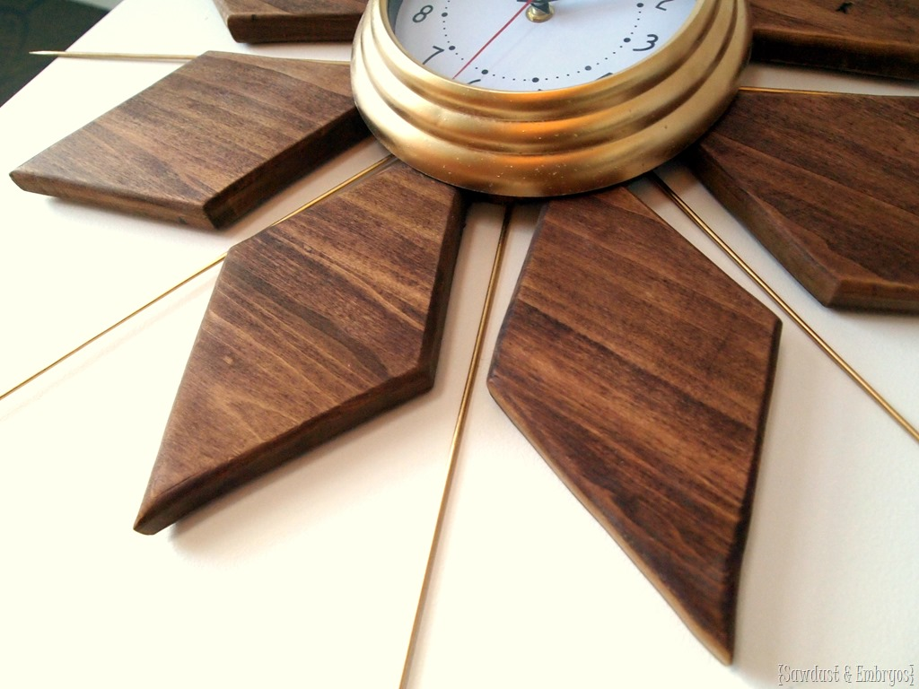 Mid century modern esque starburst clock reality daydream for Whatever clock diy