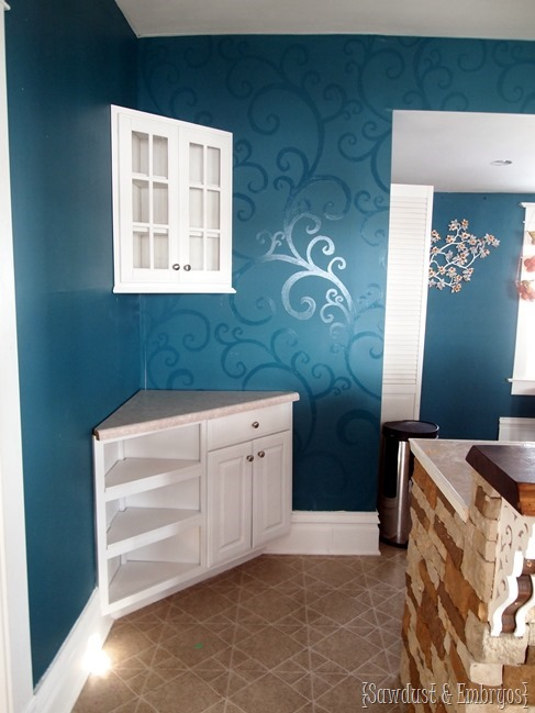 Adding corner cabinet to kitchen (for a coffee bar!) {Sawdust and Embryos}