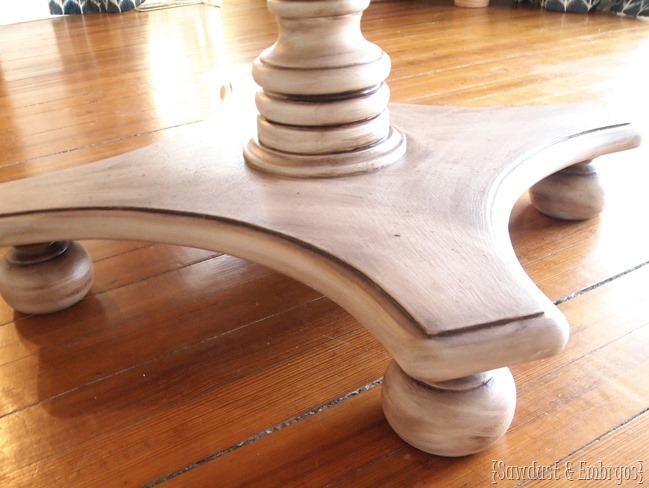 Faux painting a table to look like wood {Sawdust and Embryos}