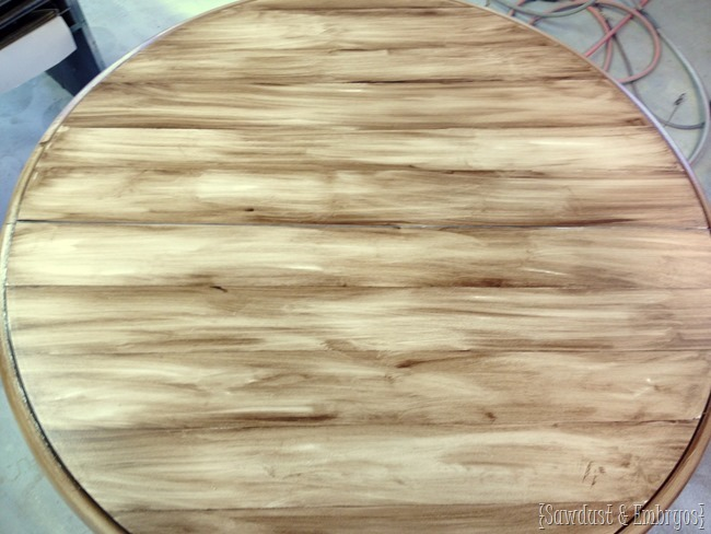 How to make a painted table look like it has wood planks {Sawdust and Embryos}