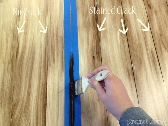 Paint a table top to resemble real wood planks! {Sawdust and Embryos}