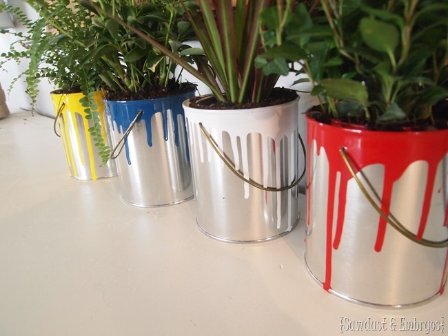 Paint-dipped quart paint cans as super cute artsy planters! {Sawdust and Embryos}
