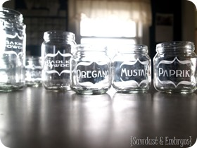Etching-Baby-Food-Jars-for-Spices-Sawdust-and-Embryos