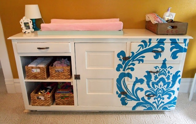Paint a design on furniture using an overhead projector {Sawdust and Embryos}