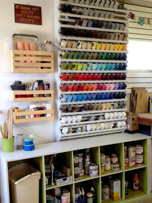 DIY Spray Paint Rack... with free building plans! {Sawdust and Embryos}
