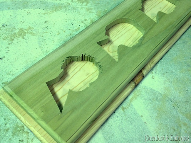 Make a profile plaque of your babe's silhouettes! [Sawdust and Embryos}