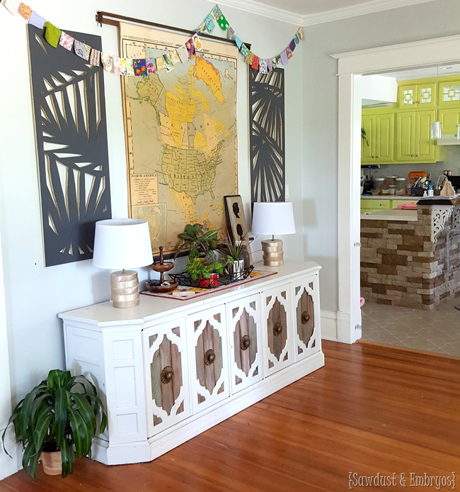 DIY large-scale panel wall art... palm branches cut out with a jigsaw! {Sawdust & Embryos)