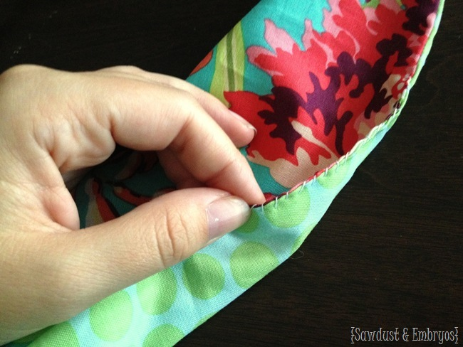 How to make a wrap dress for little girls or toddlers {Sawdust and Embryos}