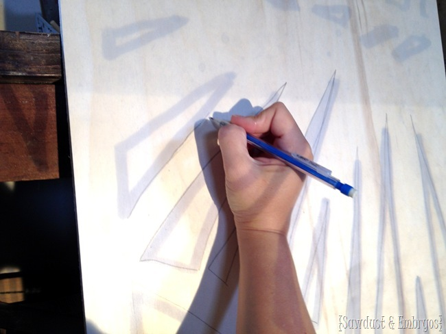 Using an overhead projector to make your own large-scale artwork {Sawdust & Embryos}