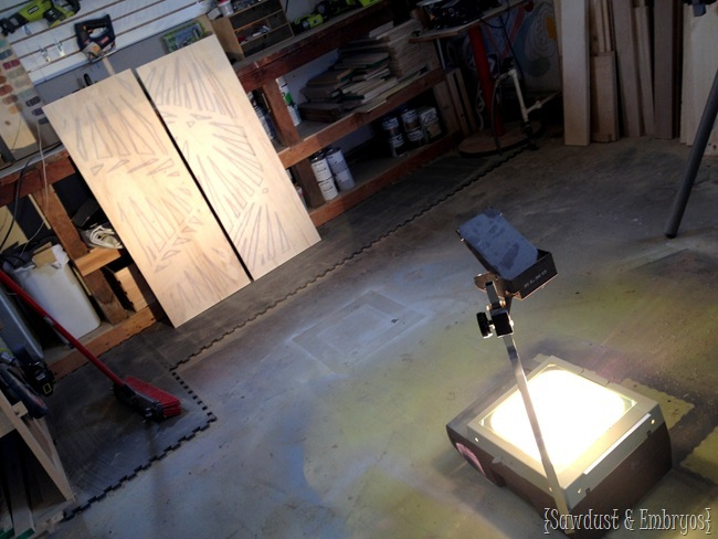 Using an overhead projector to make your own large-scale artwork {Sawdust and Embryos}