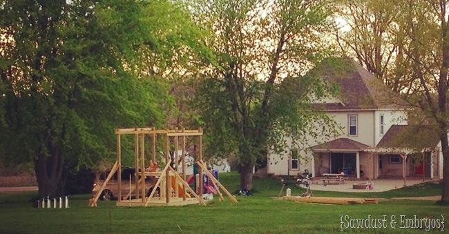 Building a playhouse {Sawdust & Embryos}
