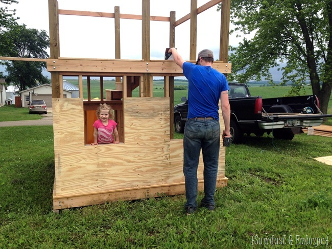 Building a playhouse - fort from scratch! {Sawdust and Embryos}