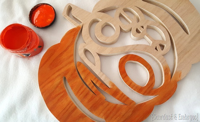 DIY Pumpkin-shaped Monogram Wreath Tutorial {Sawdust and Embryos}